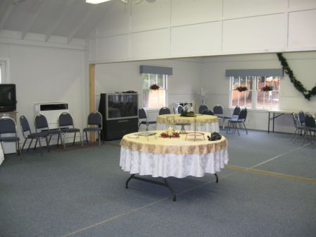 Fellowship Room Before Divided by Screenflex Room Dividers