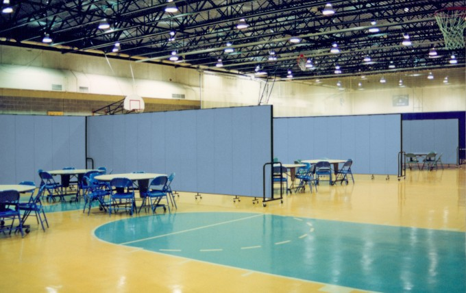 Gymnasium dividers create additional activity space