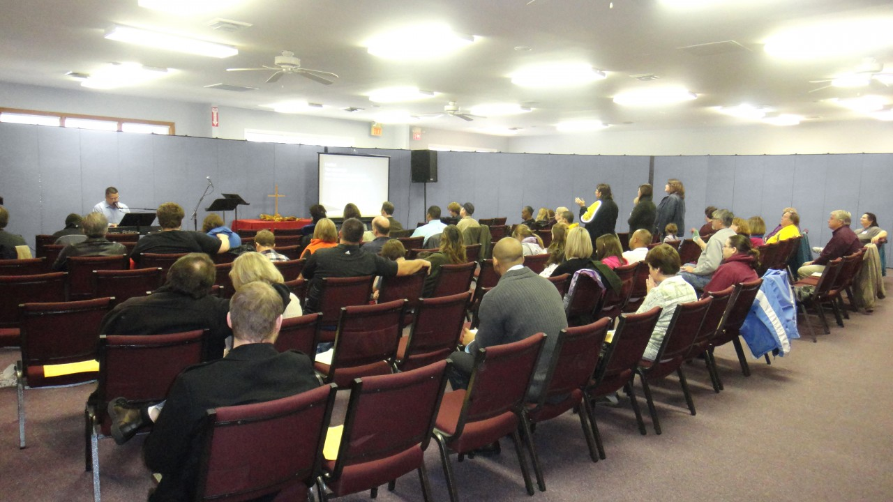 Worship service at Vineyard Church