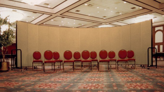 Ways To Limit Distractions Screenflex Portable Room Dividers
