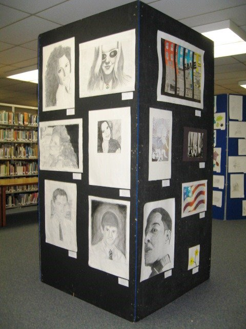 Cumbersome art display unit