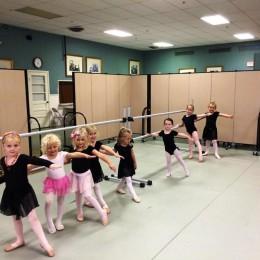 girls at a ballet class