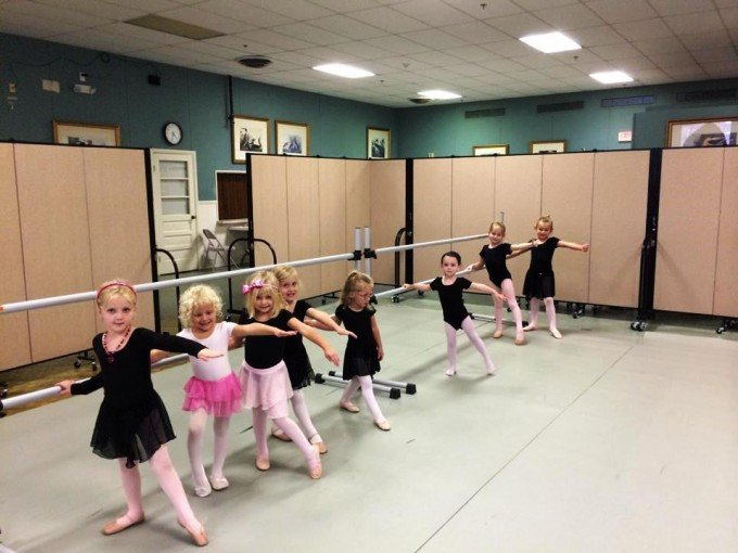 Movable Sound Proof Walls Eliminate Distractions During a Girls' Ballet Class