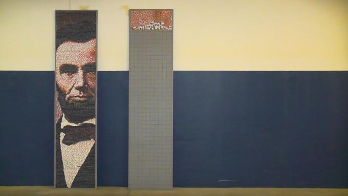 Abraham Lincoln in thumbtacks