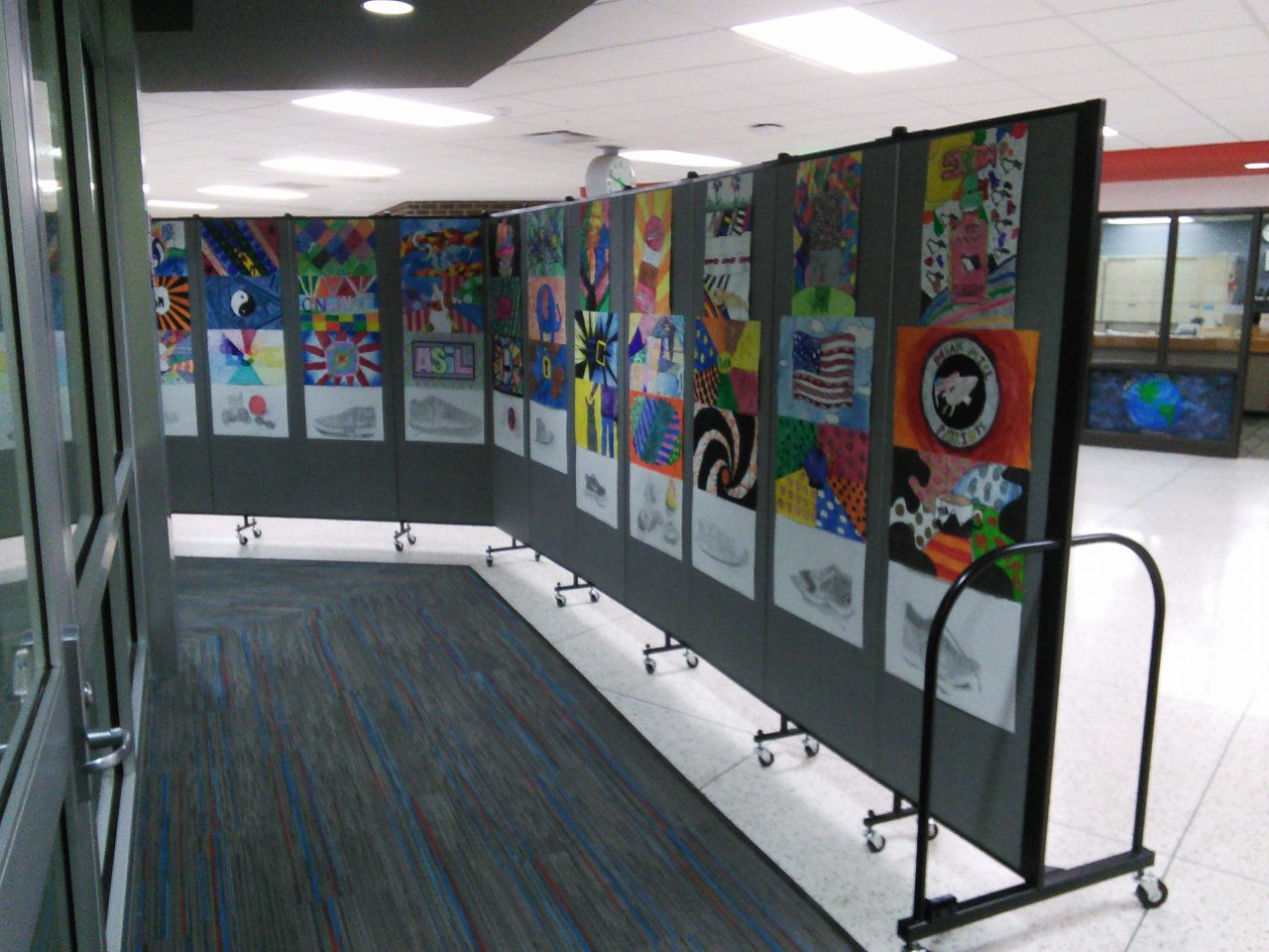 Movable middle school art displays