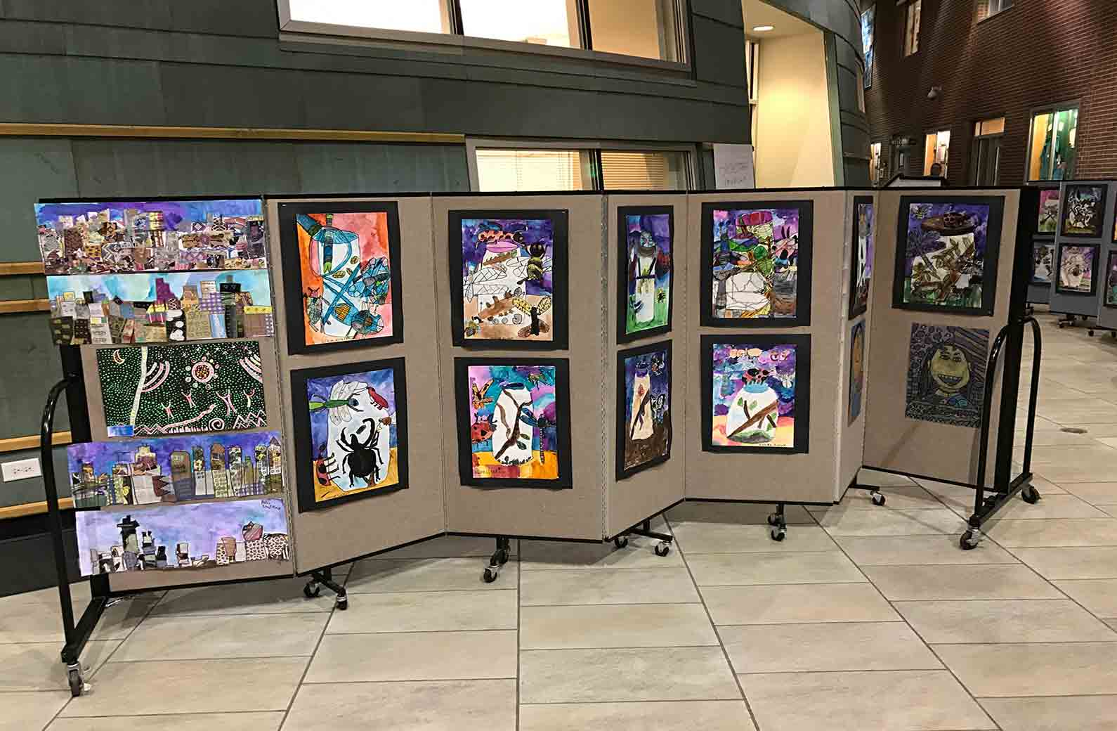 Rolling art show display panels set up in seconds