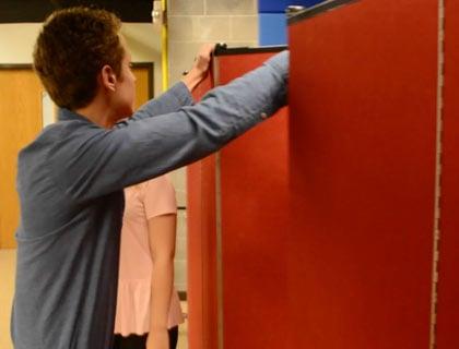 Tips on Adjusting the Length Room Divider Panels